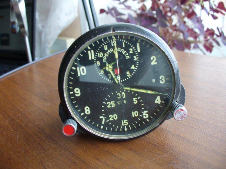 Продам часы авиационные стоимость человека рассчитать часы как
