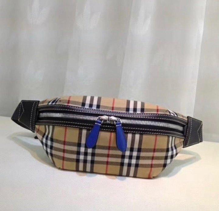 110c603d6569 Burberry поясная сумка в клетку Vintage – купить в Москве, цена 5 ...