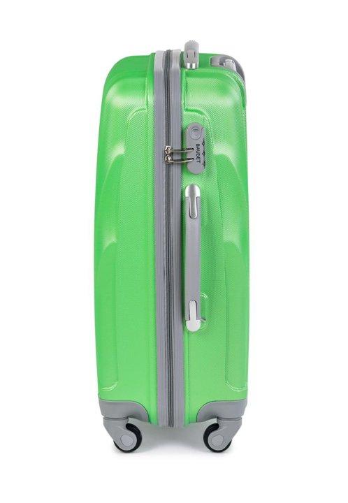 0370f5a0183d Санкт-Петербург. Большой пластиковый чемодан baudet зеленый large. Фото 2.
