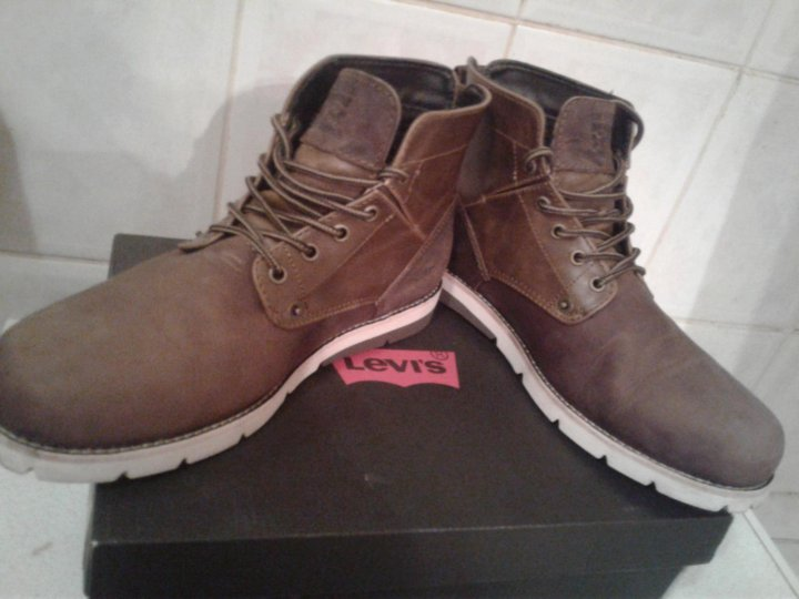 2fc94b2c Демисезонные ботинки levis jax – купить в Москве, цена 3 700 руб ...