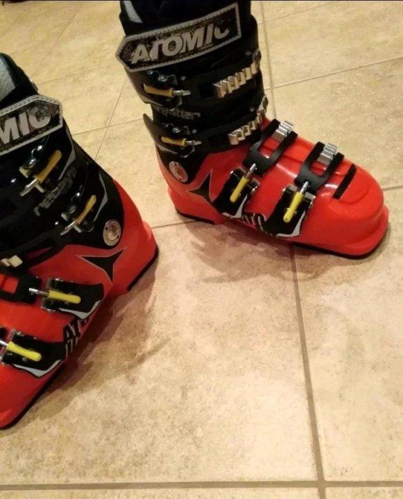 Горнолыжные ботинки Atomic redster JR 60 – купить в Щербинке, цена 5 ... 8be04f81206