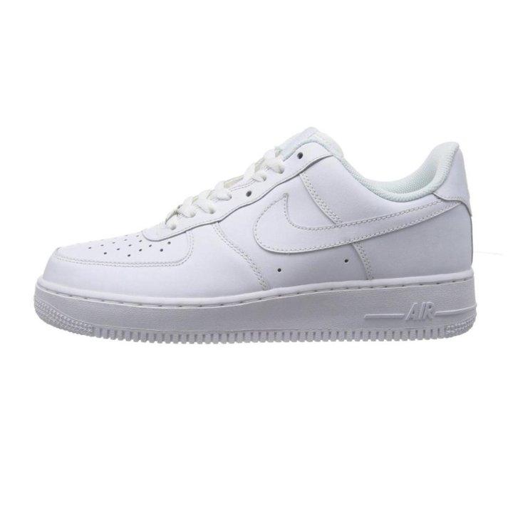 55898efc Кроссовки Nike Air Force 1 мужские белые – купить в Москве, цена 3 ...