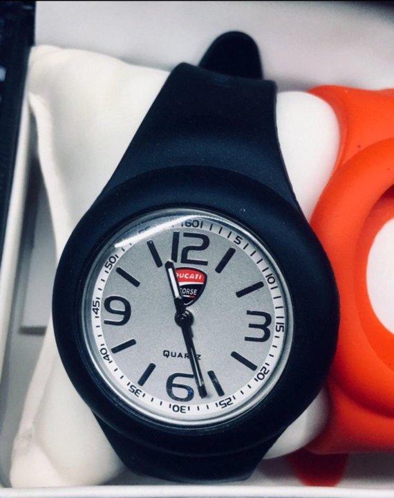 Ducati продам часы часы старые продам полет