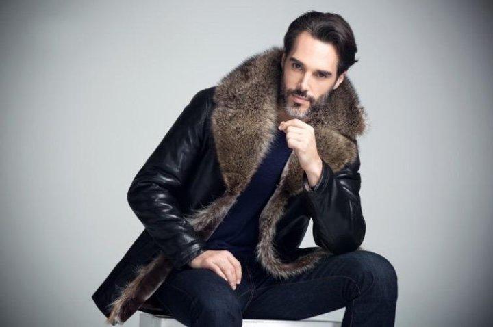 9b54c941d5f Москва. Мужские зимние кожаные куртки с мехом волка. Фото 2.