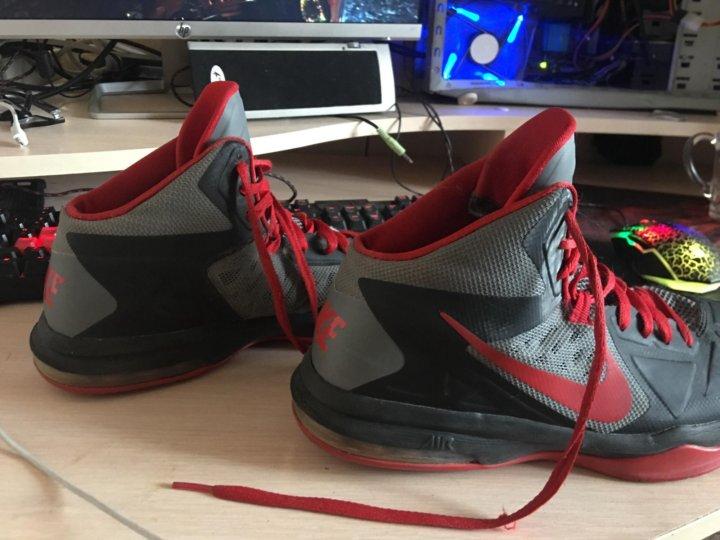 6c7a224b Баскетбольные кроссовки – купить в Томске, цена 1 500 руб., истекает ...