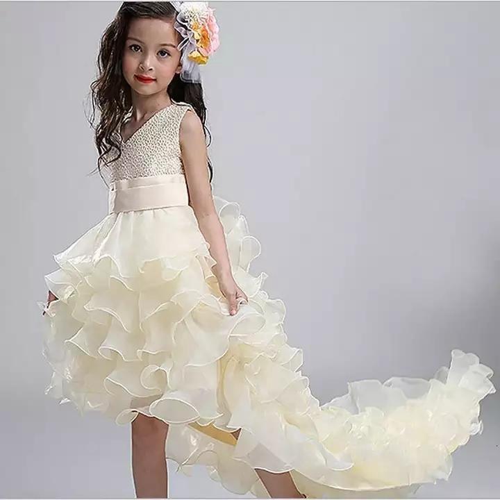 Картинки платья для девочек со шлейфом