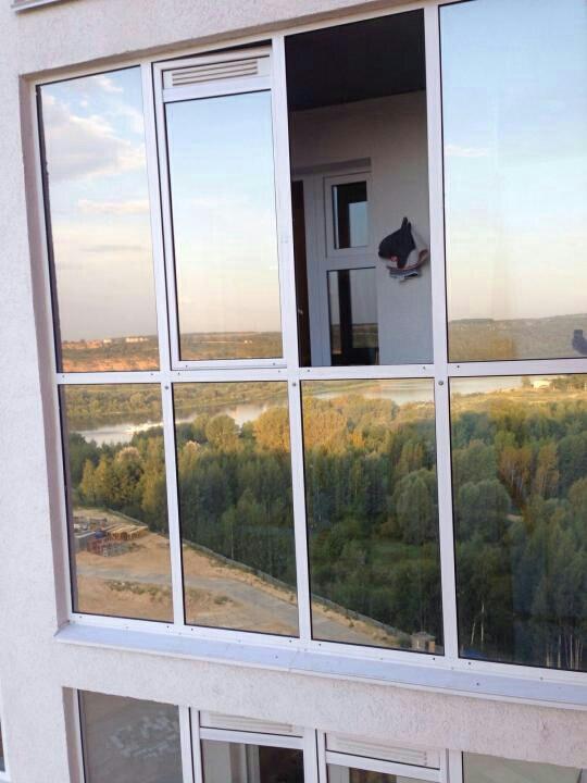 Зеркальная пленка и свет внутри фото
