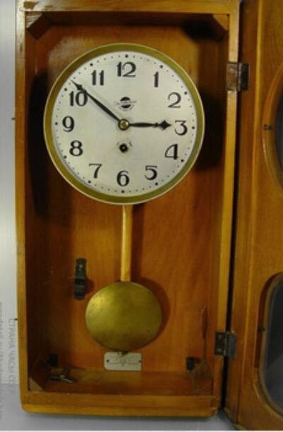 Русские часы 1950 г продать настенные киеве продать часы в