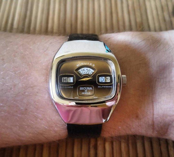 Часы продать сикура швейцарские часы продать constant frederique