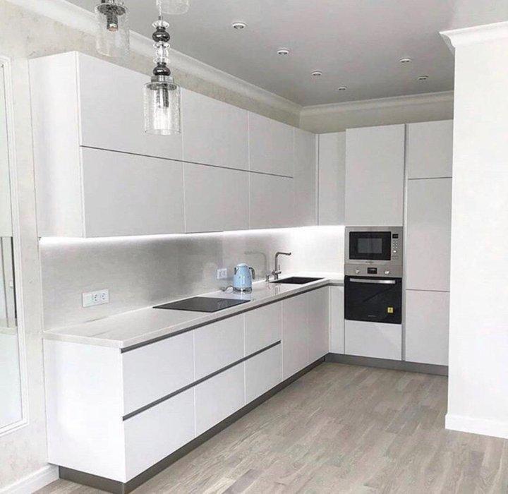 дизайн кухонного гарнитура белый глянец фото любил дождь, напомнил