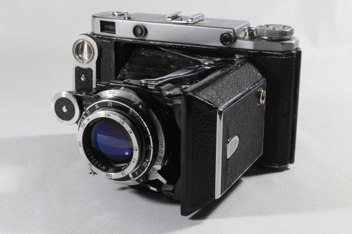 Как защитить фотоаппарат от влаги находится