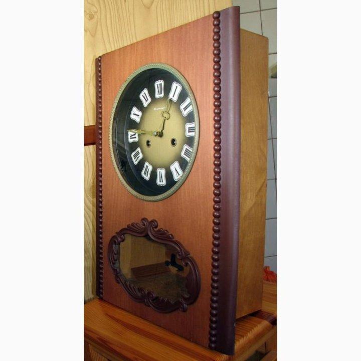 Настенные боем с янтарь часы продам стоимость часы philip laurence