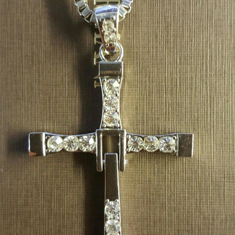 Картинки крест вин дизеля