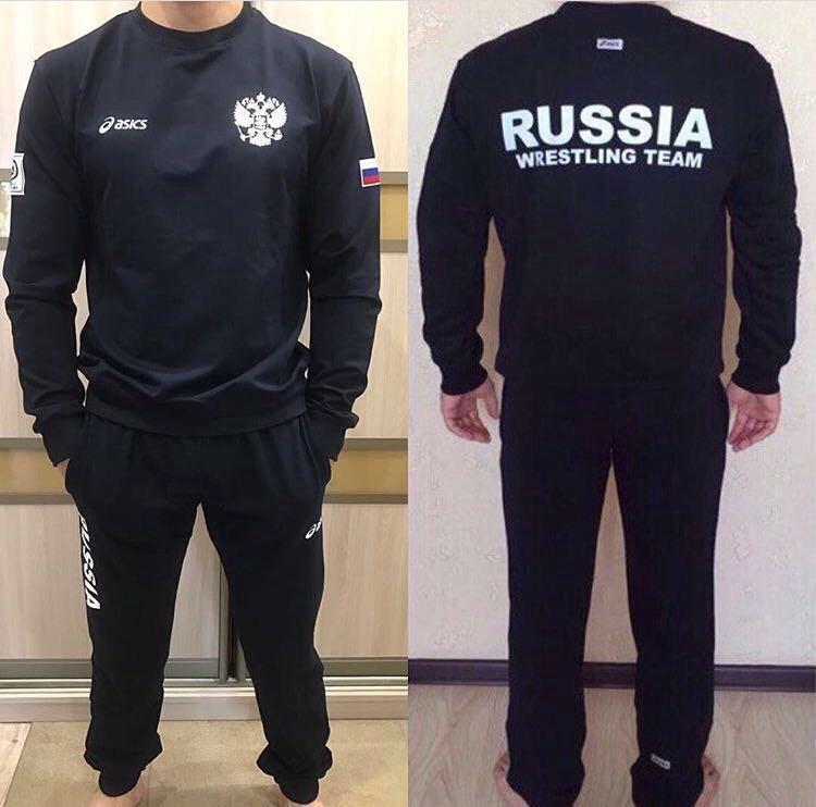 Костюм ASICS – купить в Иркутске, цена 4 000 руб., продано 19 мая 2017 –  Спортивная одежда d580da1140e