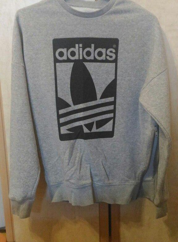 9e0a63c3d49151 Свитшот Adidas Originals – купить в Томске, цена 350 руб., продано 18  октября 2017 – Свитеры и толстовки