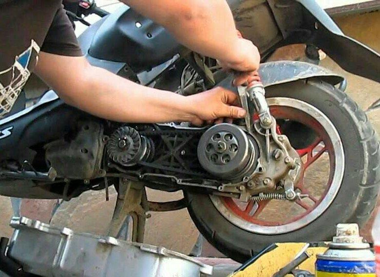 куб скутера 50 руками ремонт своими