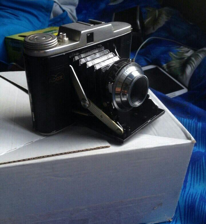 современные зеркальные пленочные фотоаппараты области