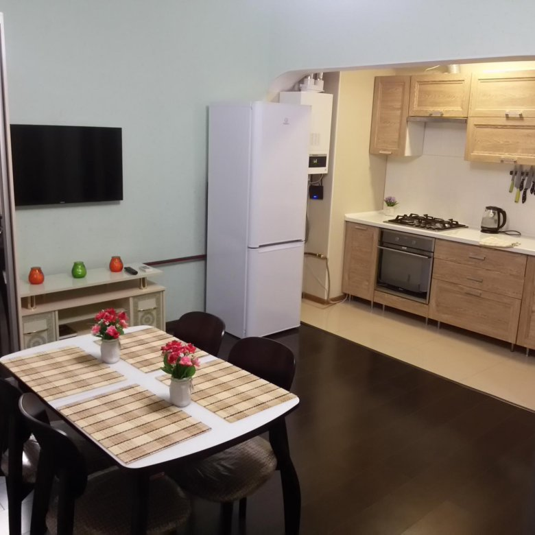 Сдается однокомнатная квартира в гостевом доме на 3 этаже.