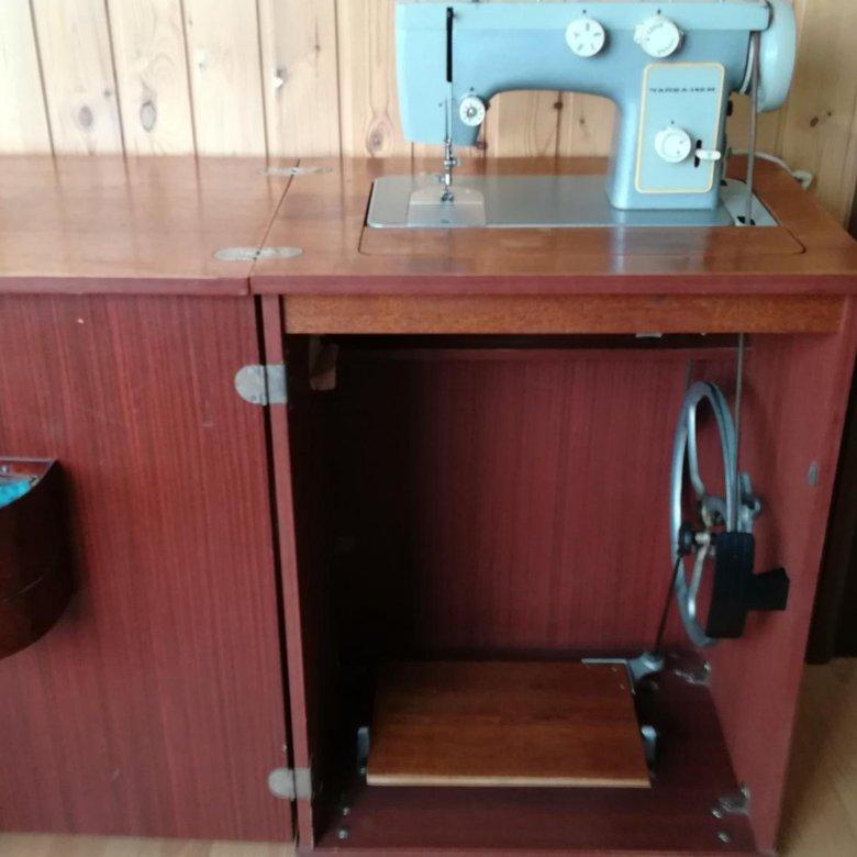 швейная машинка в тумбе картинки севере находится