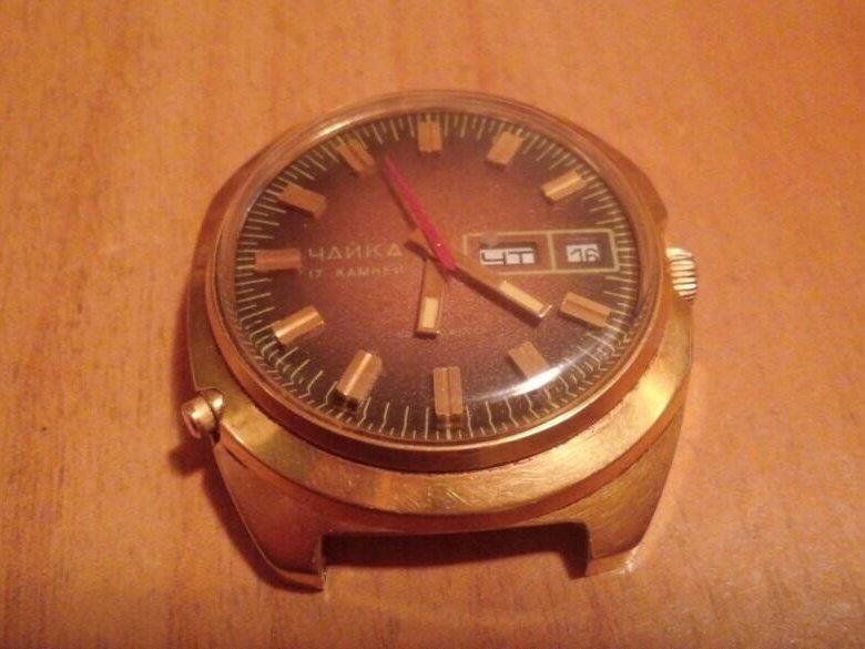 Часы наручные механические женские чайка 17камней, луч.