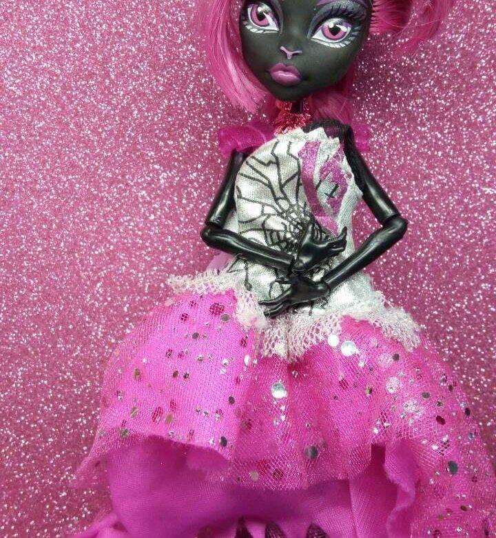 картинки кукол монстр хай кукла под горы кошка видно следующей