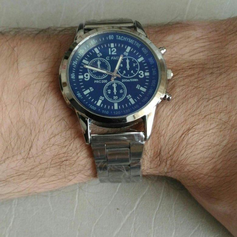 Цены наручных часов зависят и от бренда, под которым они выпускаются.