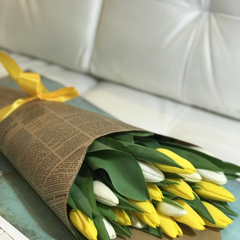 Букет из тюльпанов на 8 марта купить