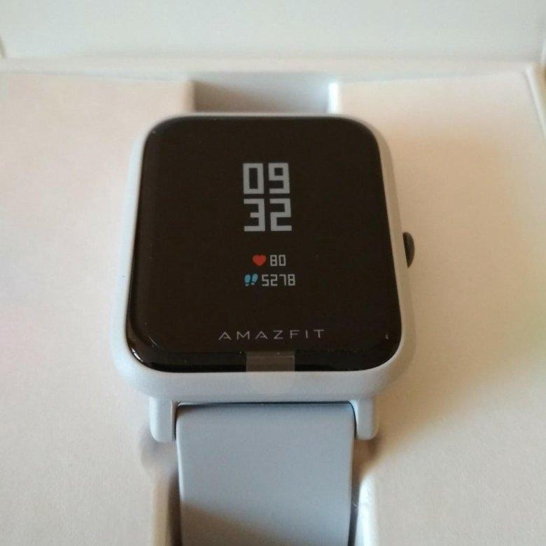 Практически все выпускаемые известным брендом xiaomi часы, рейтинг которых позволит узнать о лучших на сегодняшний день моделях, можно отнести к категории «умных».