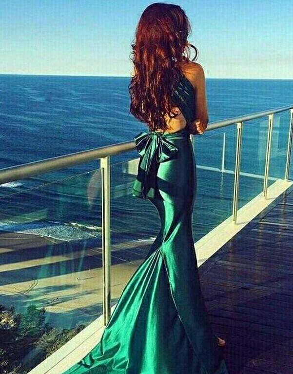 проверки вечернее платье сзади у моря фото власти дали разрешение