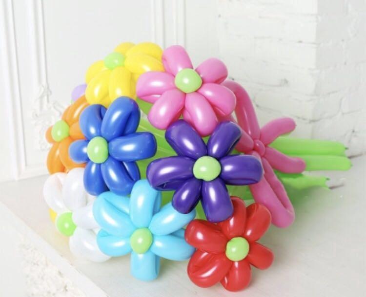 Букет цветов из шаров для девушки своими руками