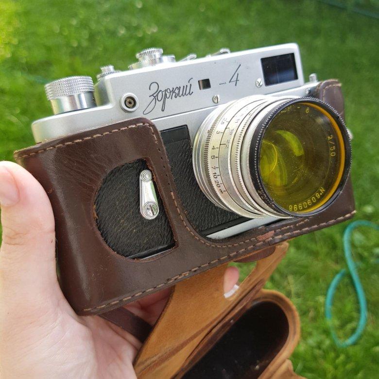 Цифровой фотоаппарат под ретро