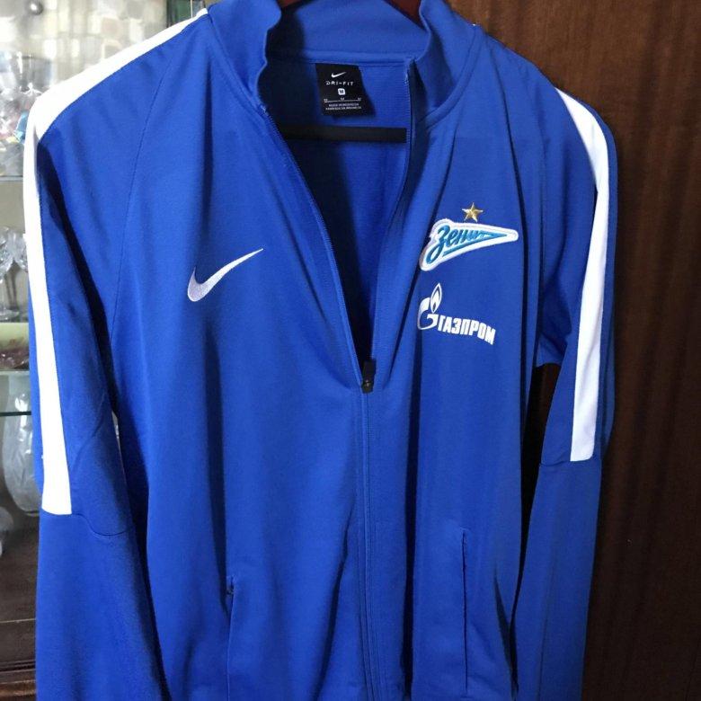 8230ab29 Куртка тренировочная зенит 2018 – купить в Санкт-Петербурге, цена 1 600  руб., продано 25 августа 2018 – Спортивная одежда