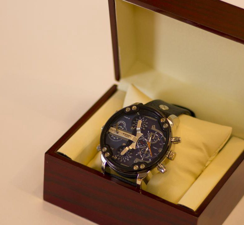 Владивосток продам часы swiss fashion часов стоимость