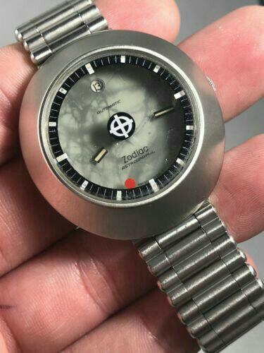 Часы продам zodiac любых часов ломбард