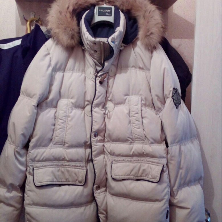 37e42bb564387 Продам пуховик – купить в Челябинске, цена 3 500 руб., продано 27 января –  Верхняя одежда