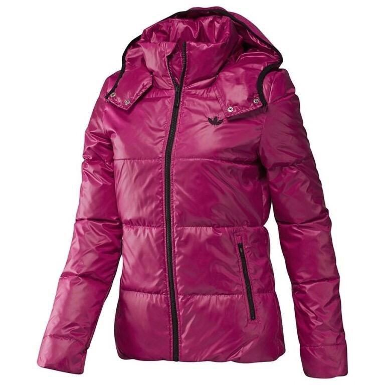 фото новой коллекции зимних курток адидас место