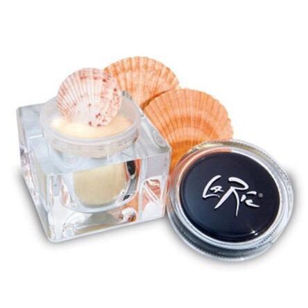 Косметика ла рик купить avon шампунь драгоценные масла