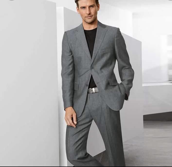 данном офисные костюмы для мужчин фото гришин принимал решения