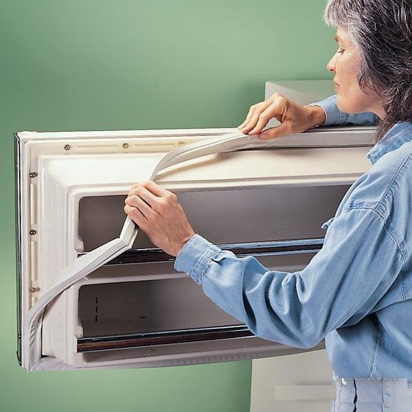 Уплотнитель для холодильника «Стинол»: для чего он нужен, зачем его менять и как
