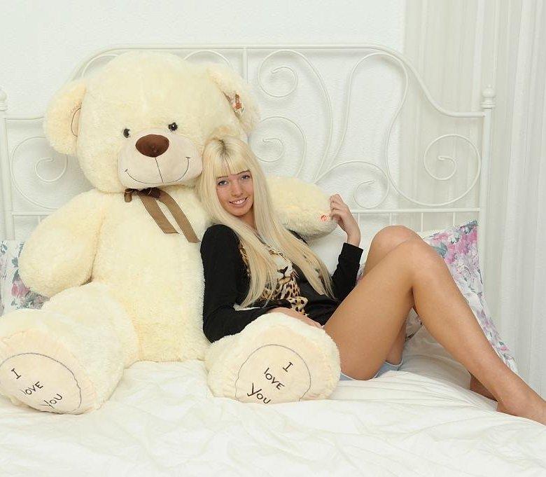 Секс девушки с игрушками фото крупно #4