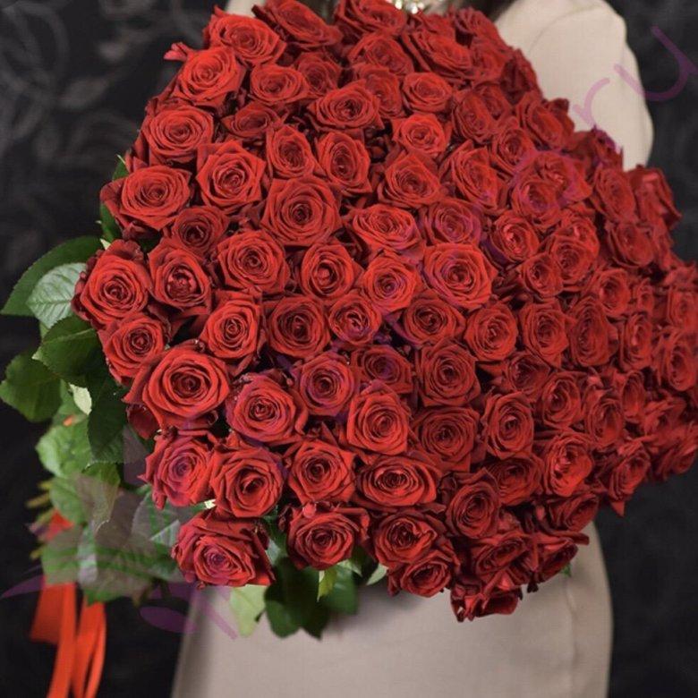 Заказать огромный букет роз в полный рост в санкт-петербурге