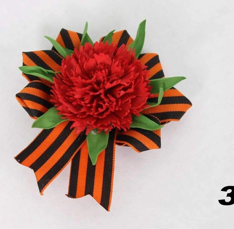 Открытка на 9 мая с цветами из фетра