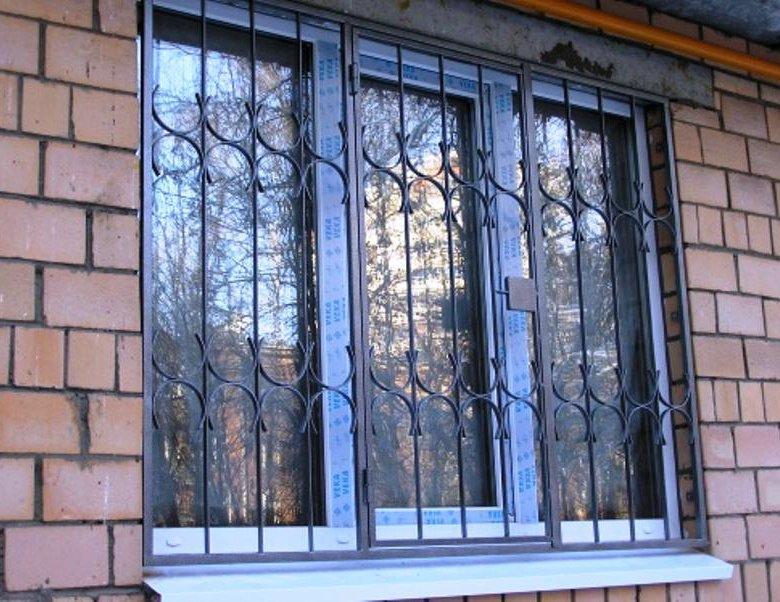 фото решеток на окна сварные вашему вниманию