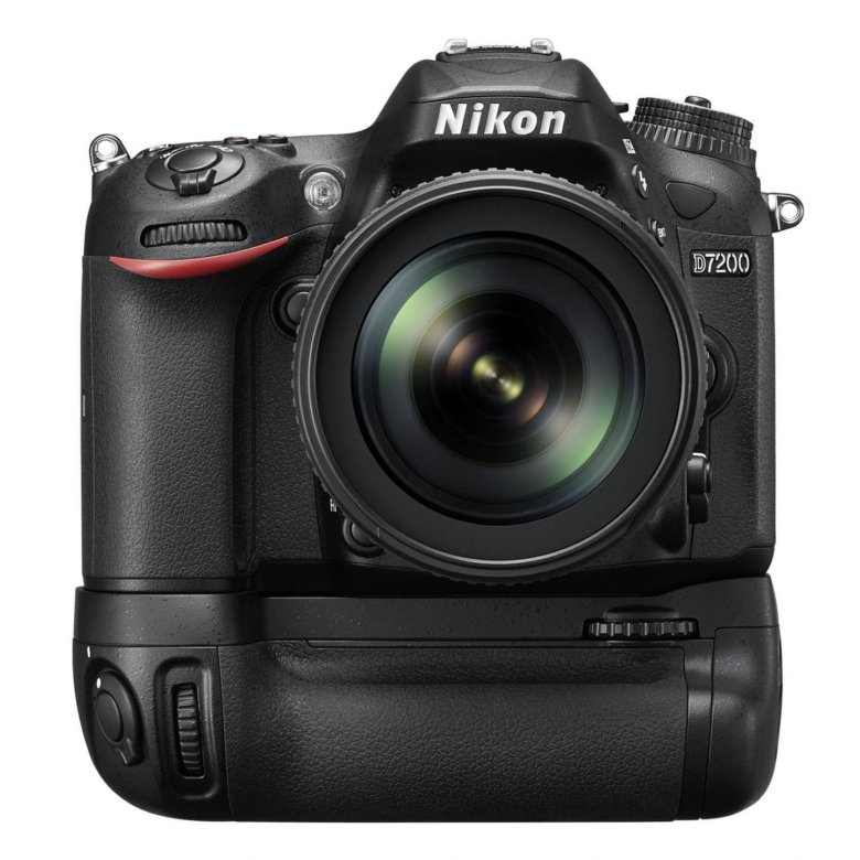 какой фотоаппарат лучше никон или лейка почему