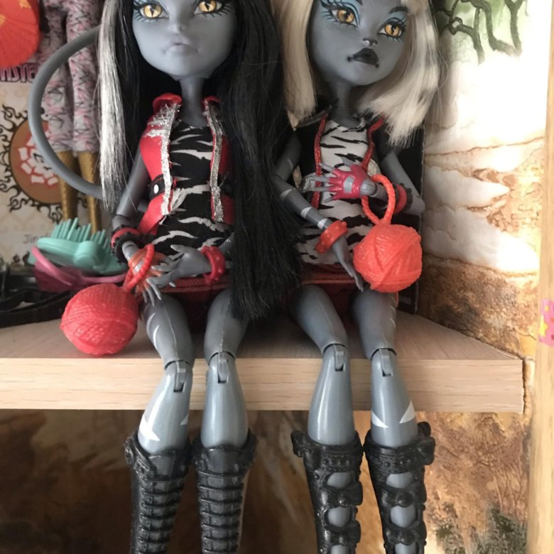 картинки кукол монстр хай кукла под горы кошка применить