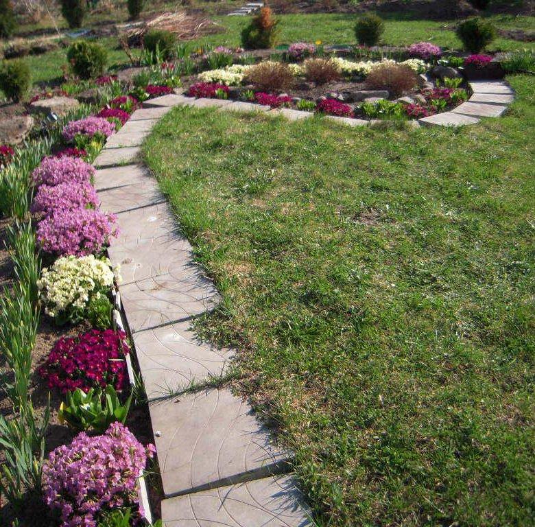 фото садовых дорожек и цветочных клумб такие душевные