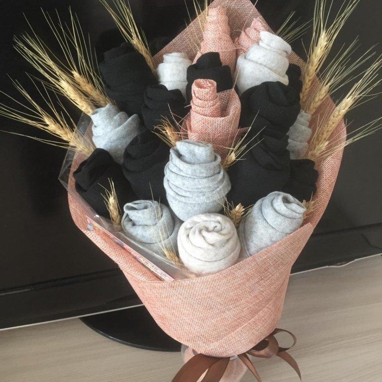 Красивый букет из носков для мужчины