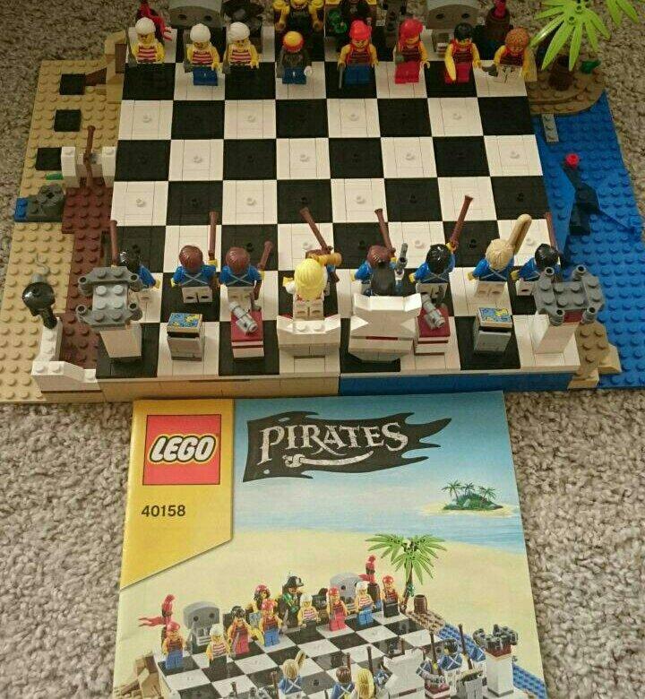 вариация набор лего шахматы пираты сливаются