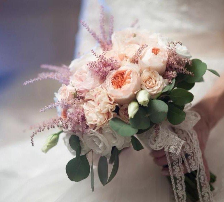 Заказ цветов, букет на свадьбу крымскотатарскую