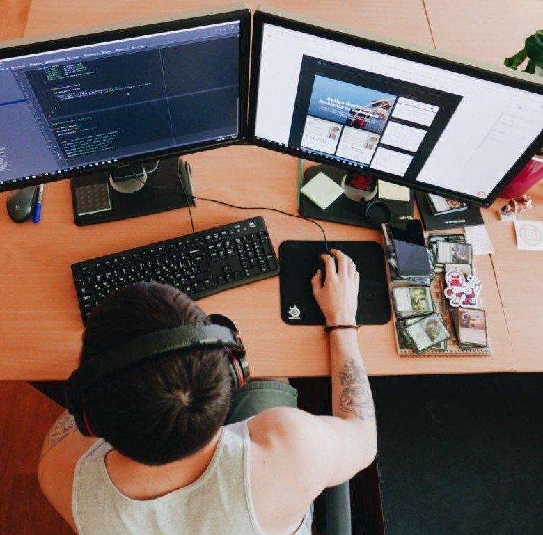 фрилансер поддержка сайтов